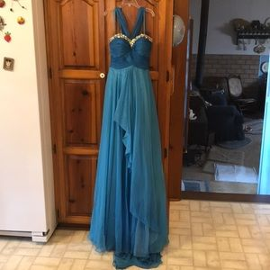 Dresses & Skirts - Turquoise chiffon prom/pageant dress